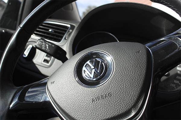 VW Polo talleres castineira volante